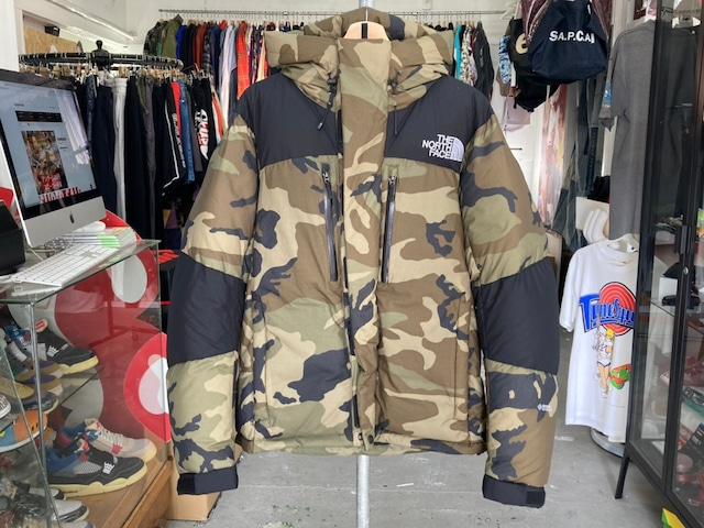 THE NORTH FACE BALTRO LIGHT JACKET WOODLAND CAMO LARGE ND91951 87446