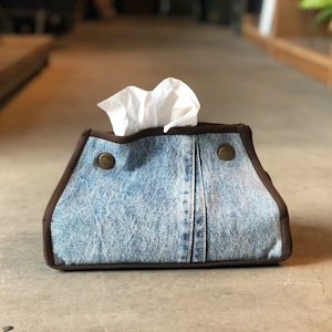 letters tissue box ( Type B )