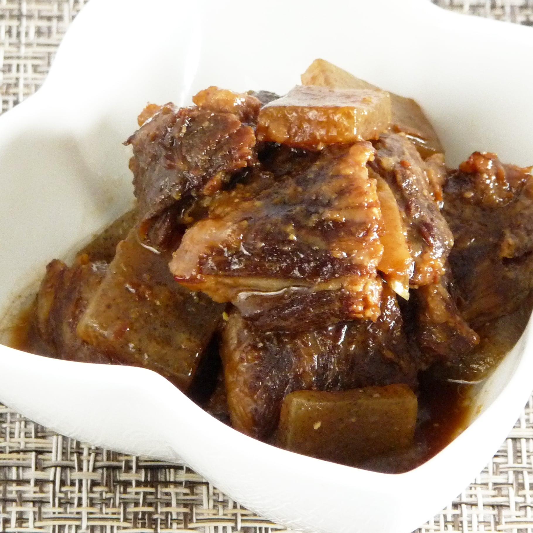 国産黒毛和牛の牛すじ煮込み(醤油)