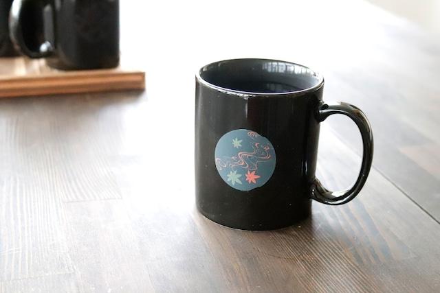 『温感マグ』『紅葉』『黒』 *マグカップ 温度をデザインに 贈り物 マグ マジック インスタ映え