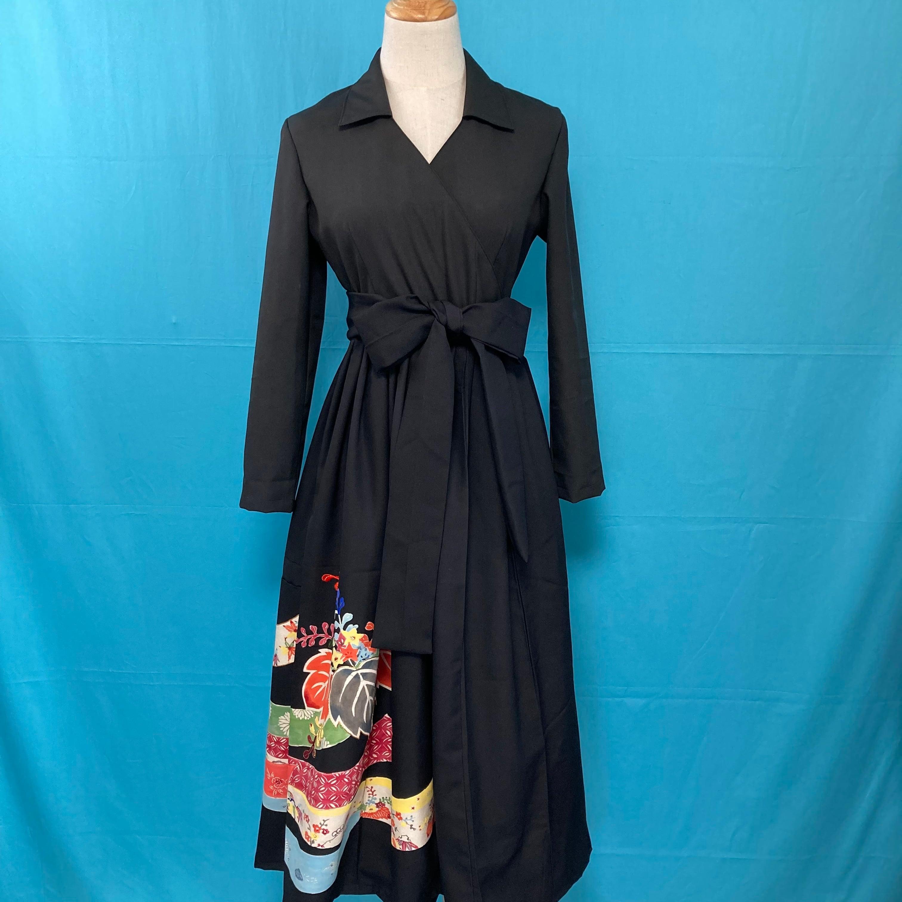 Vintage black embroidery kimono dress/ US 6 rayon