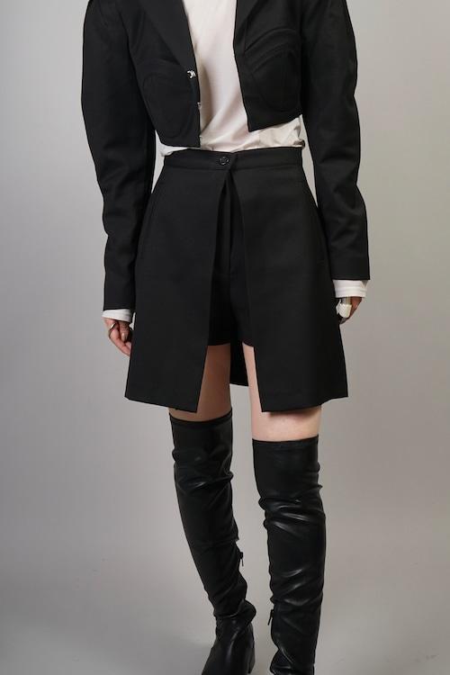 SKIRT LAYERED SHORT PANTS  (BLACK) 2109-54-109