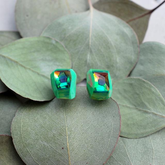 Color quartz ピアス