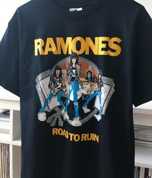 USED BAND T-shirt -RAMONES-