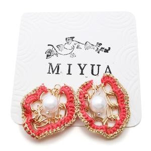 【SALE 20%off】miyua カラーヤーン&パールピアス(ピンク)