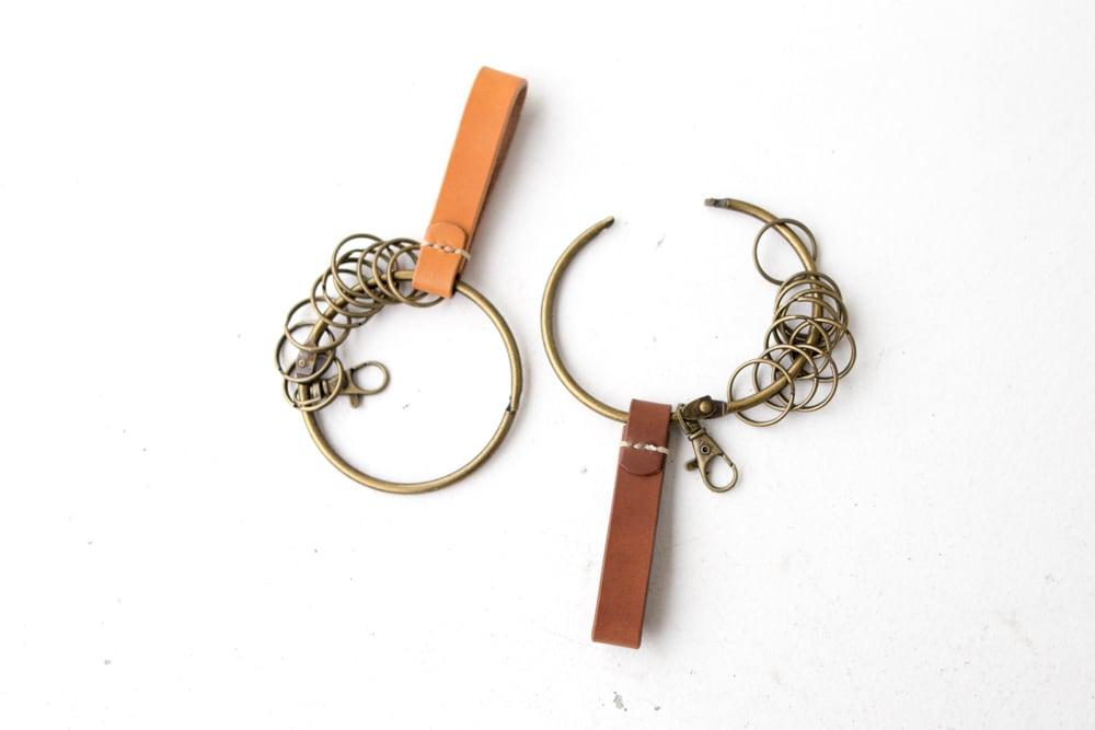 昔ながらの大きな鍵束