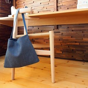 うしじま縫製   武州正藍染 サコッシュ 一重刺子