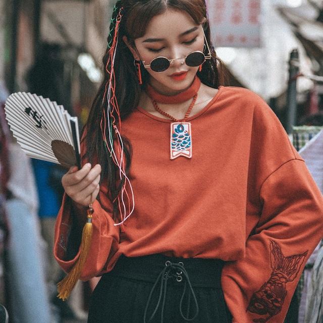 【森女部落シリーズ】★チャイナ風Tシャツ★ チャイナ服 中華服 S M L オリジナル オレンジ 鯉刺繍