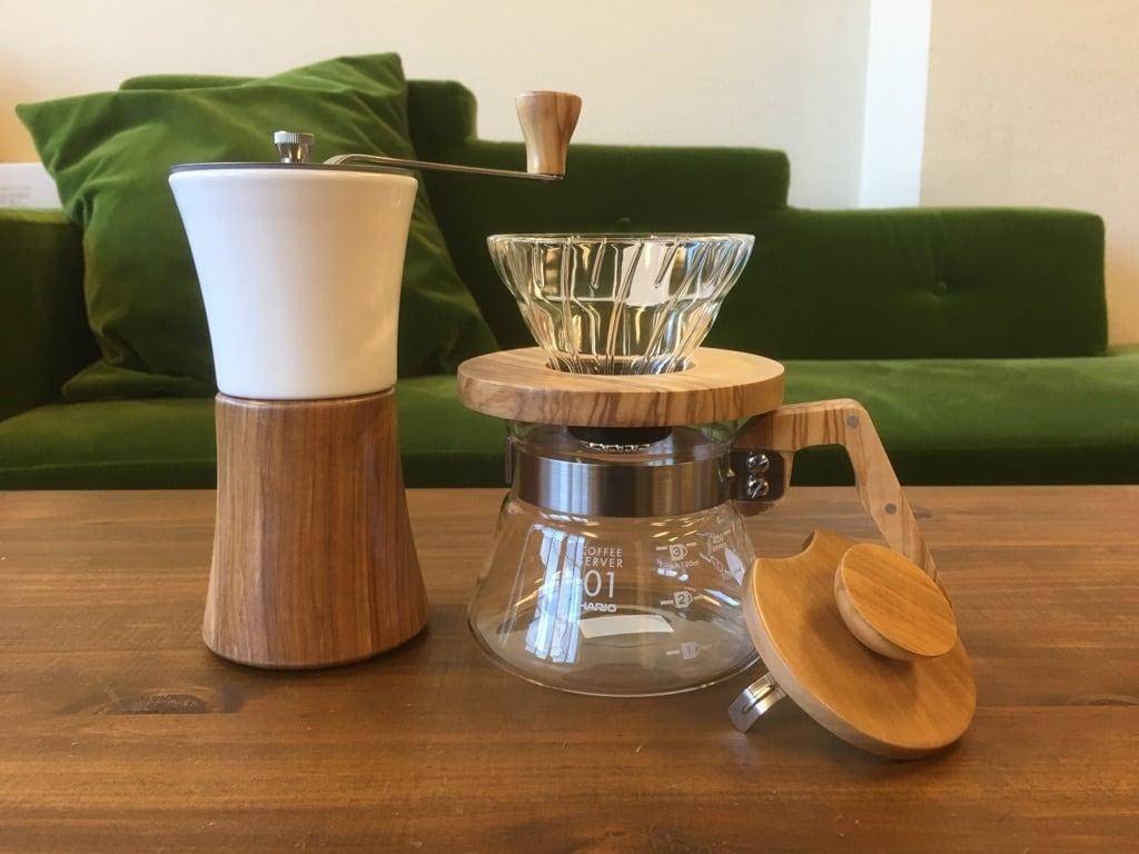 【HARIO】コーヒーグッズセット おしゃれなウッドドリッパー・サーバー・ミル オリーブ 1~2人用