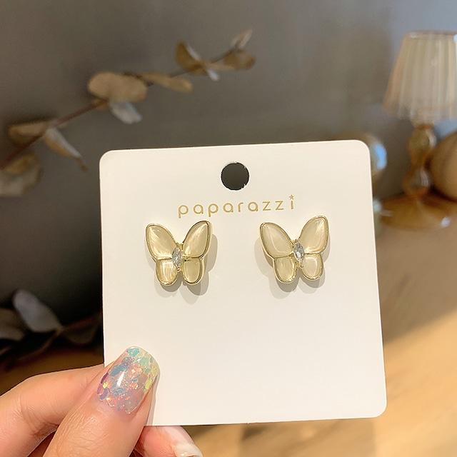 アクセサリー ピアス ジルコン シェル スウィート 透かし彫り 胡蝶  ファッション 一目惚れ