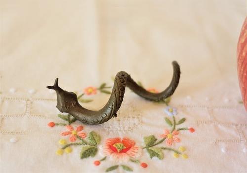 イギリス ヴィンテージ 金属の蛇 メタル蛇 へびのフィギュア アイアンスネーク