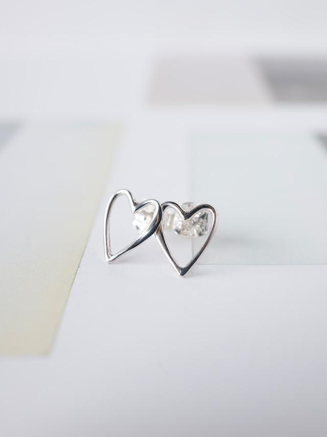 ♡ Heart Stud Earrings / Silver - 014