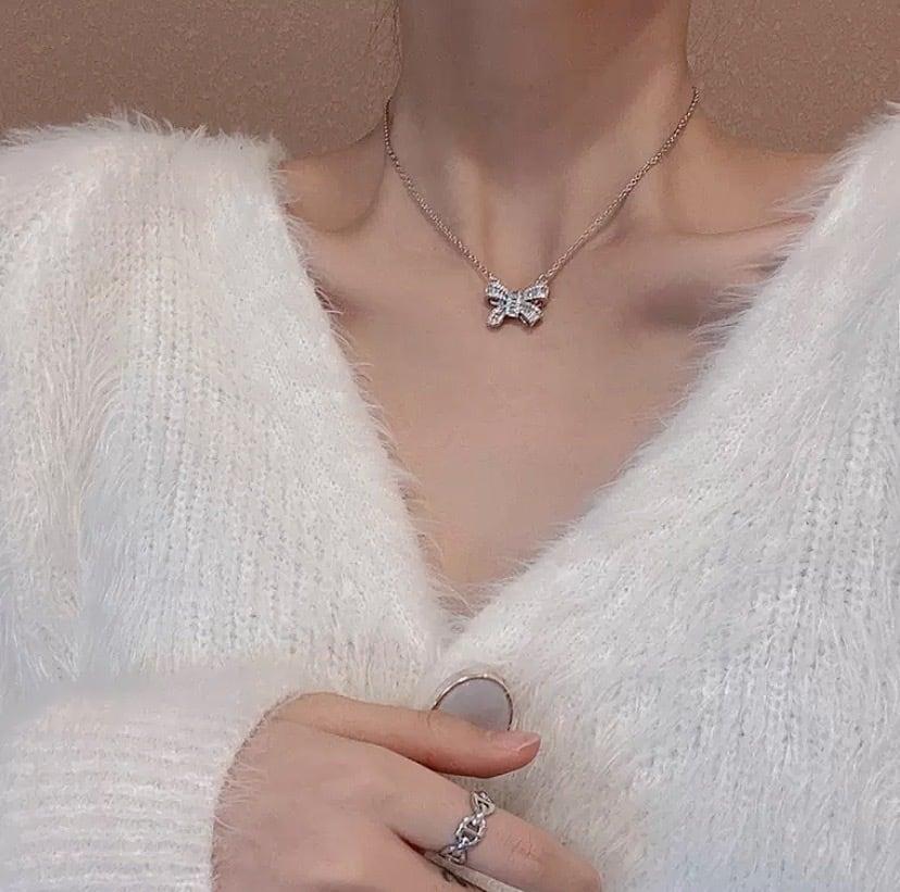 ribbon bijou necklace