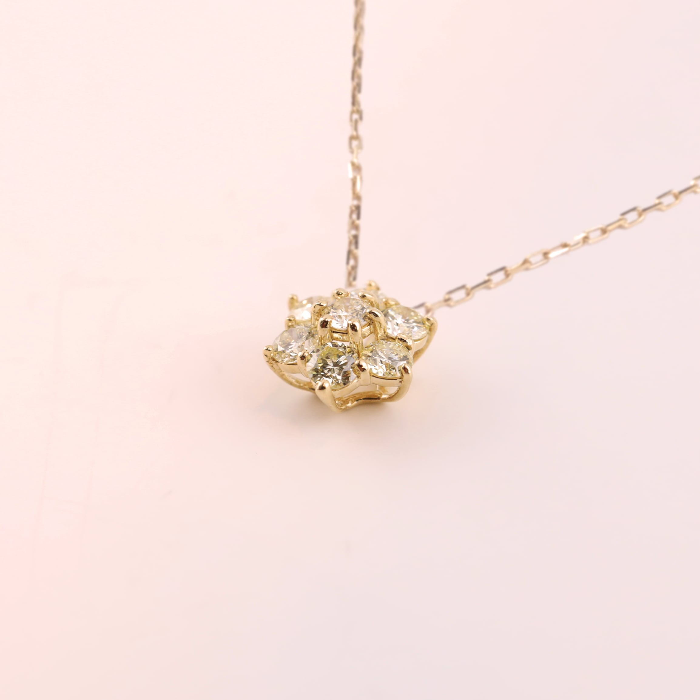 Diamond Pendant -Snow