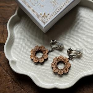 loop the loops / 連なる丸(Pierced Earring Hang)
