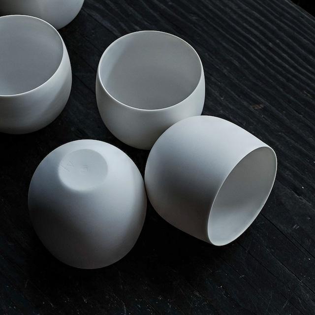 白カップ 丸 murakami yuji