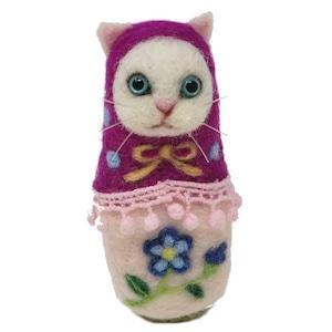 マトリョーねこ「青い目の白猫」(すみれショール)