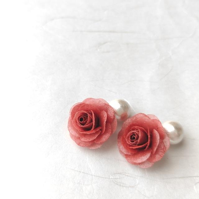 ベンガラ和紙の薔薇イヤークリップ【ピンク系】和紙・ピンク・バラ・誕生日・プレゼント