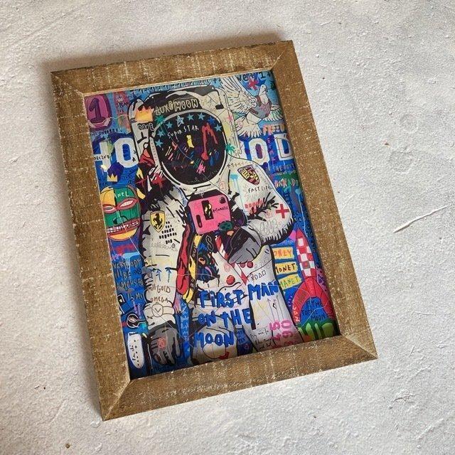 ポップアートポスターフレーム付き スペースマン