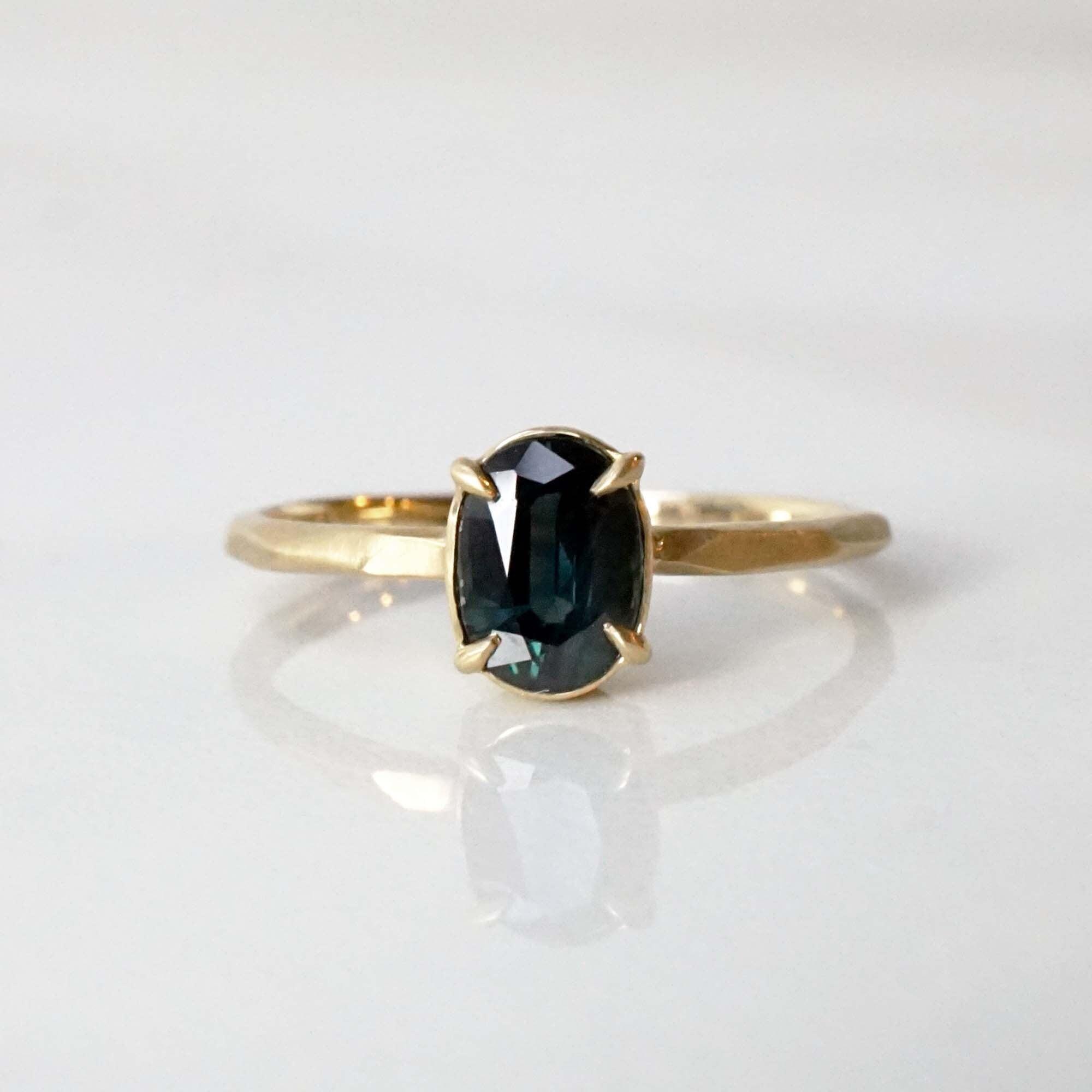 Green Sapphire Ring(R343-GSA)