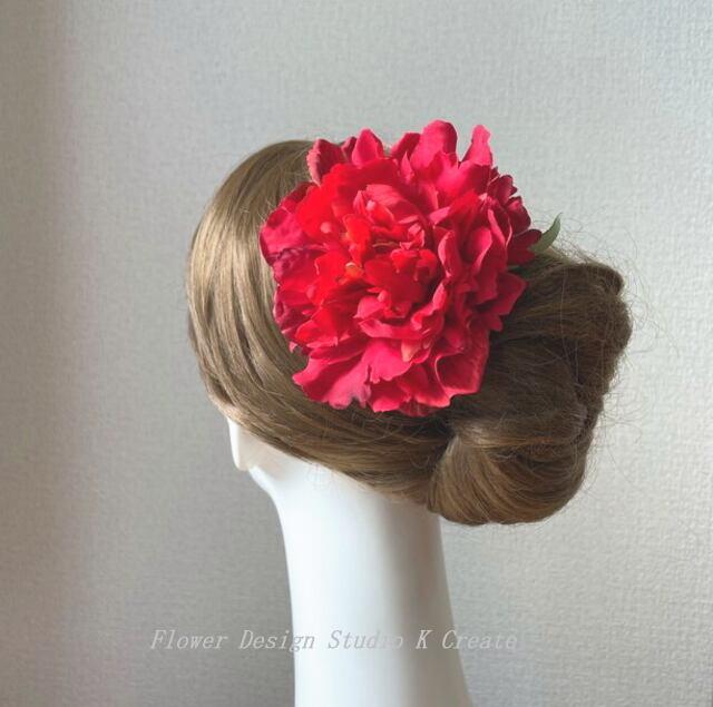 鮮やかな赤いピオニーのヘッドドレス 赤 芍薬 ダンス 髪飾り レッド フラメンコ レッド フローレス