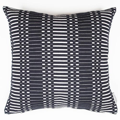 JOHANNA GULLICHSEN(ヨハンナ グリクセン) Zipped Cushion Cover Helios(ヘリオス) Black