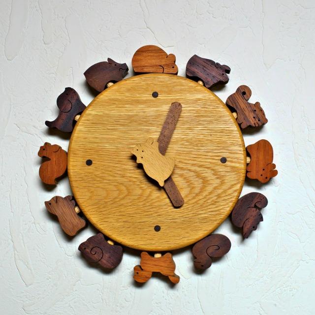 小黒三郎 ネコと十二支の時計