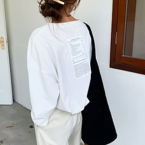 ロゴ プリント カット ロングTシャツ   ホワイト ブラック 春