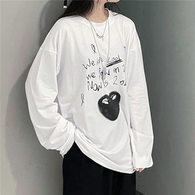 【トップス】売れ筋フファッションラウンドネックハート型落書きTシャツ52664669