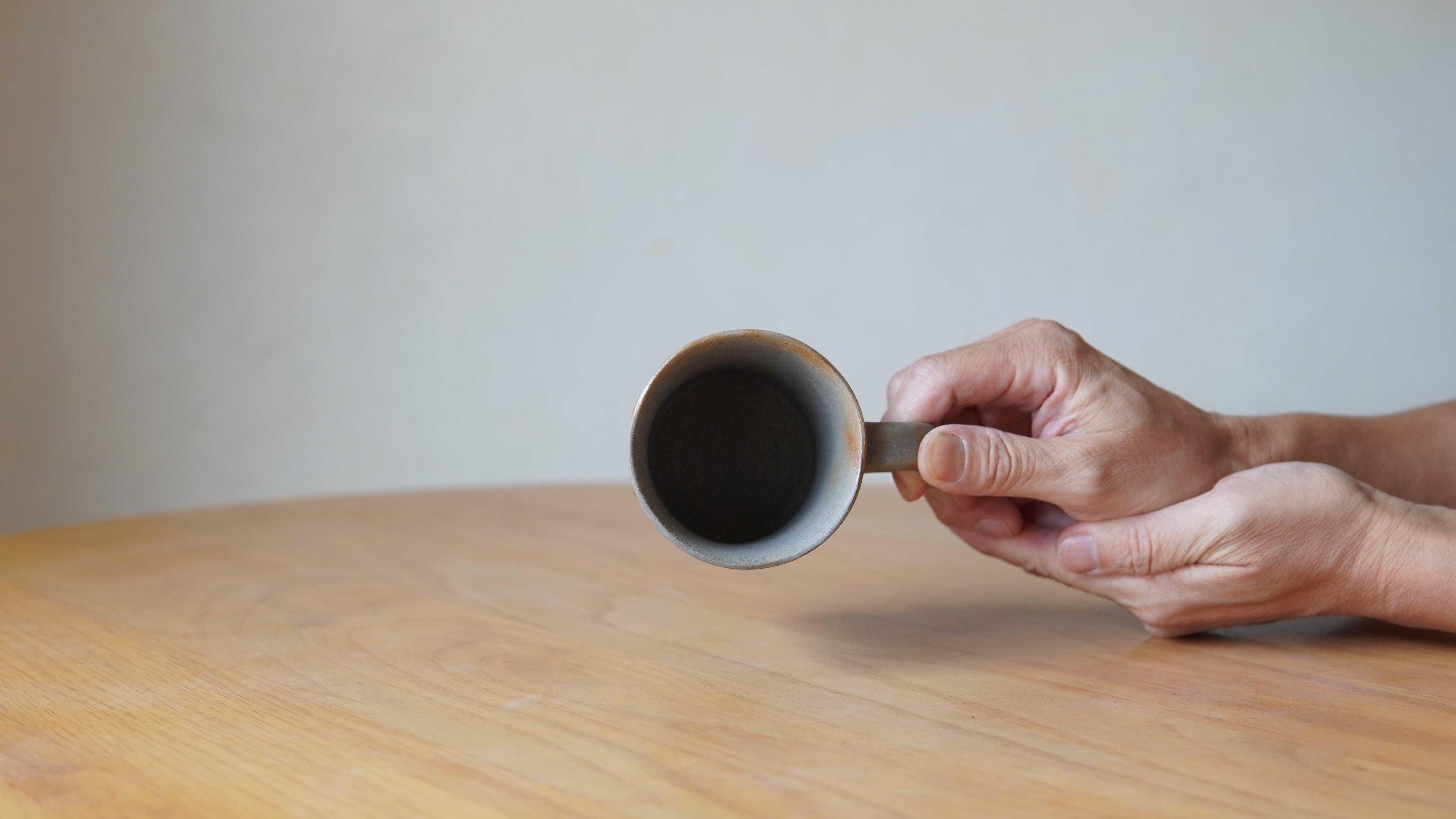 天野智也「青備前マグカップ」(wa-31)