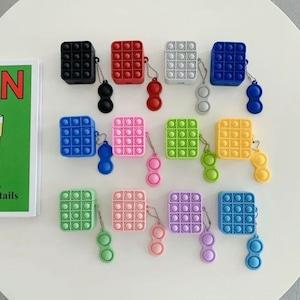 【韓国大人気】 push up airpods 1/2 pro case 12colors / プッシュアップ エアポッズ ケース 第1世代 第2世代 プロ プチプチ 韓国雑貨