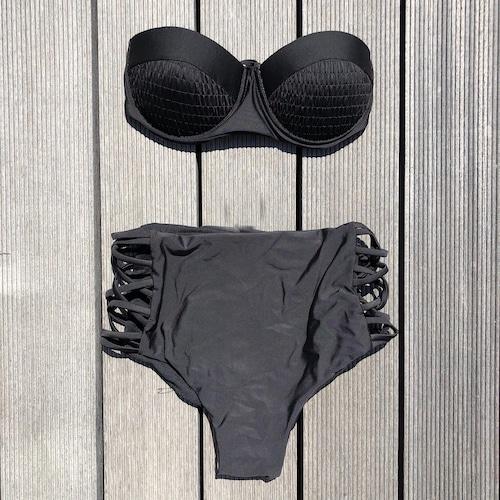 Bikini♡ブラックワイヤーバンドゥハイウエストビキニ