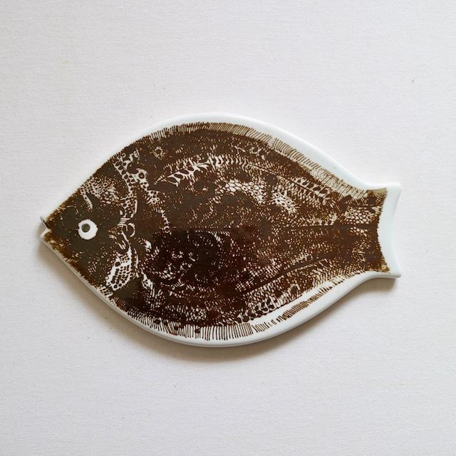 Porsgrund ポシュグルン / カッティングボード 魚 ブラウン