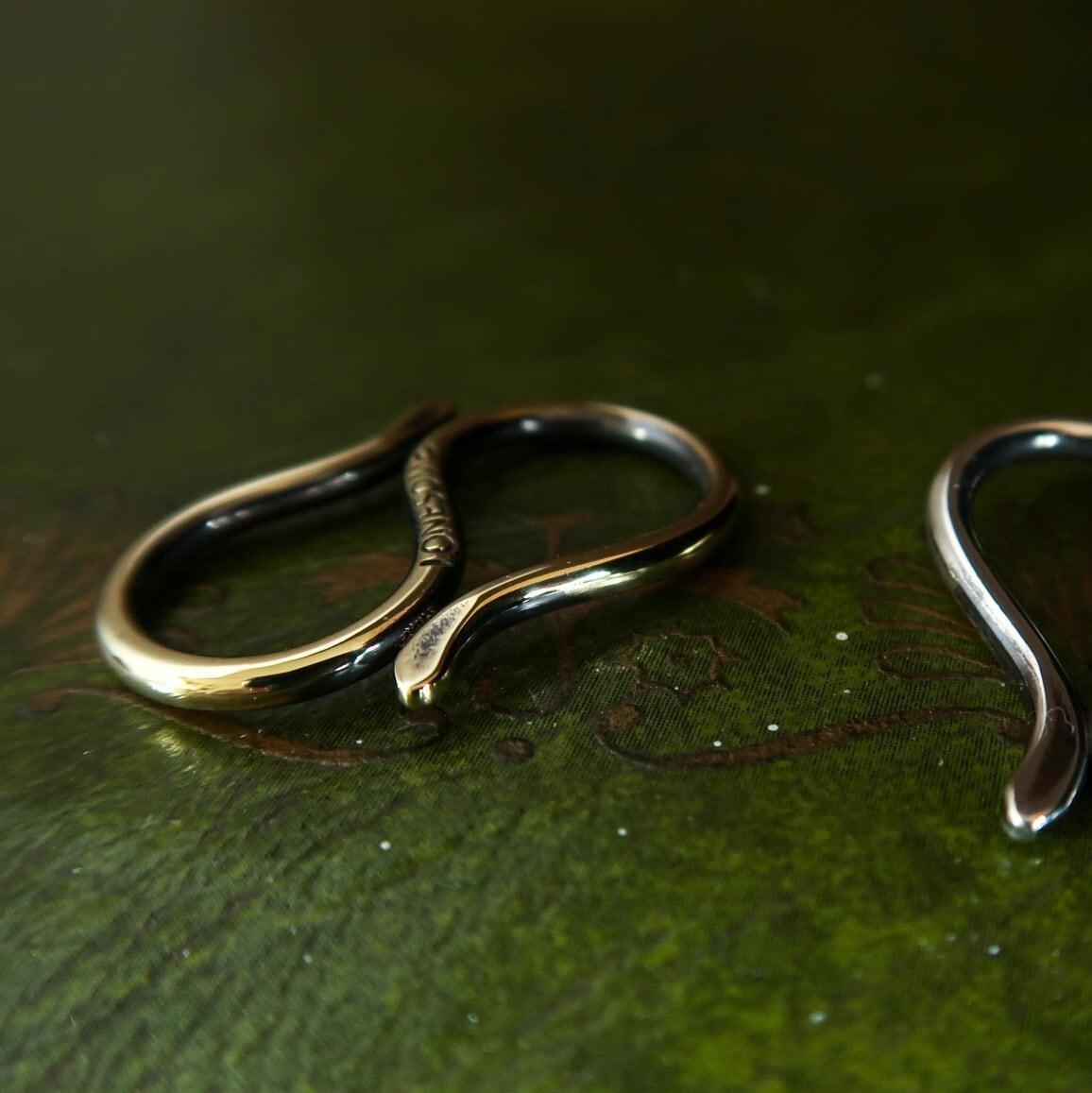SNAKE SCARF RING -brass- ヘビのスカーフリング(スキニースカーフ用)真鍮製