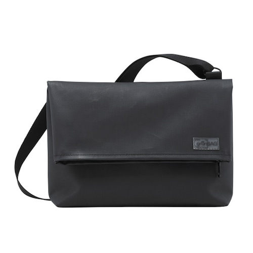 Shoulder A-Bag Medium Black
