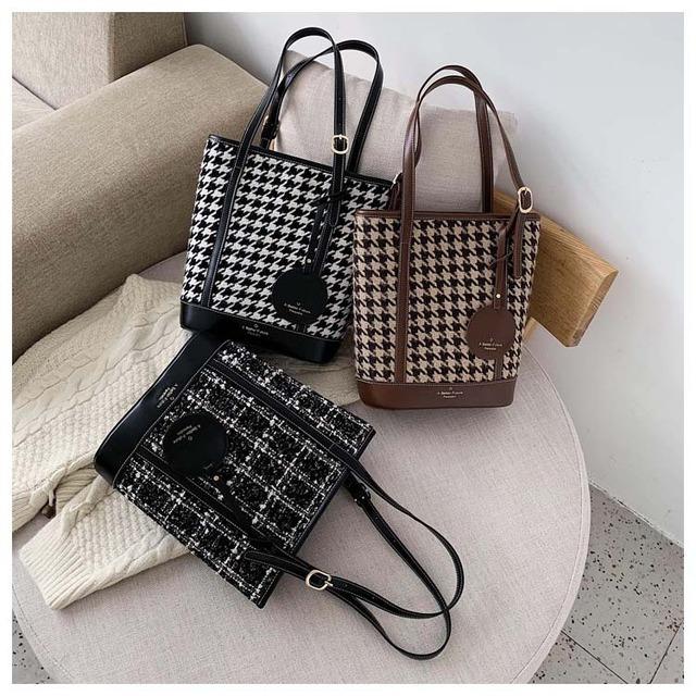Shoulder bag KRE564