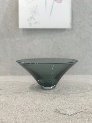 Bowl gray