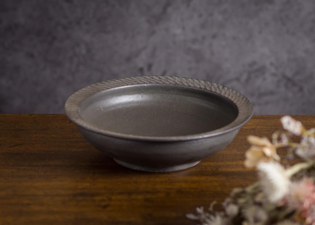 カレー皿 黒(深皿・煮物鉢・サラダボウル)/山本雅則