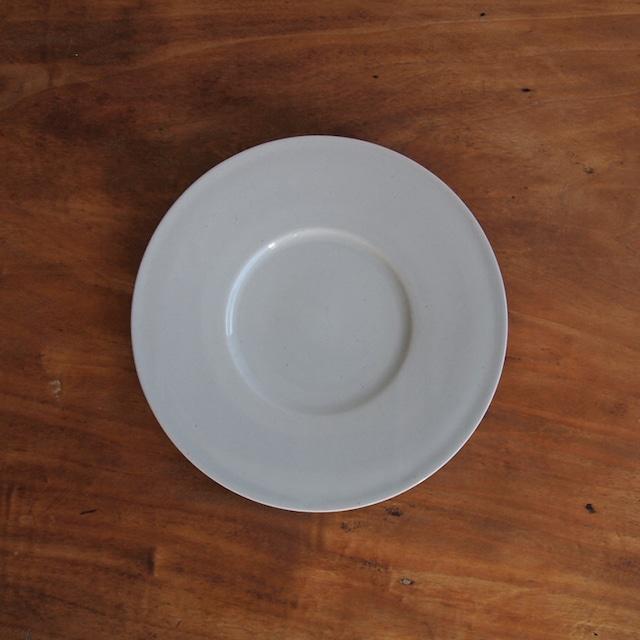 こいずみみゆき 6寸幅広リム皿 白