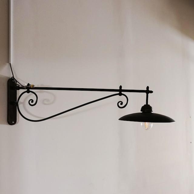 #01-01  Antique bracket light