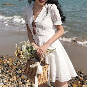 レトロホワイトドレス
