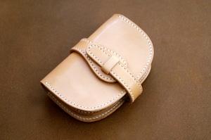 【受注製作】本革サドルレザーのハーフ財布【ベルト】