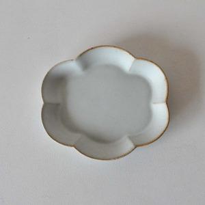 中林範夫(さんちゃ窯)白楕円花皿4寸(005)