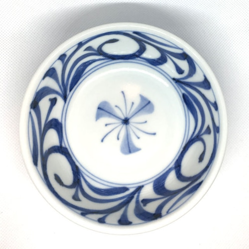 【砥部焼/梅山窯】4.7寸平鉢(唐草)
