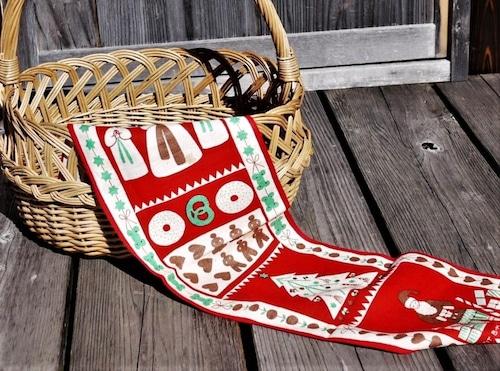 スウェーデン クリスマスタペストリー Brit Bredstrom