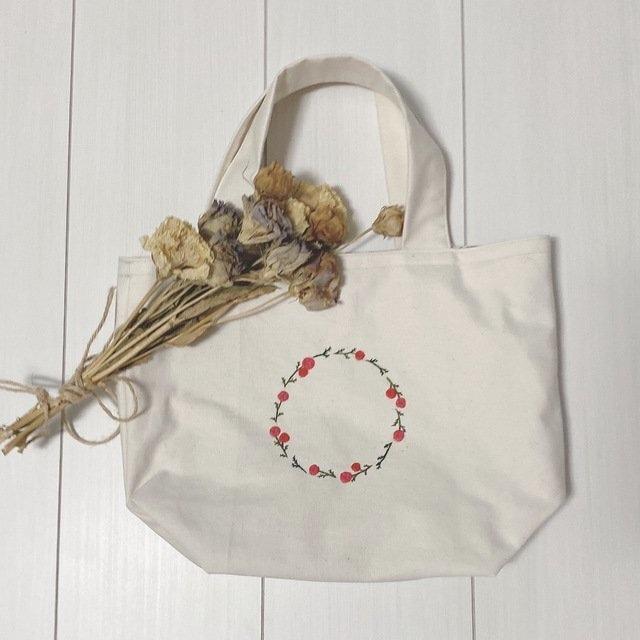 バラ刺繍のオリジナルトートバック