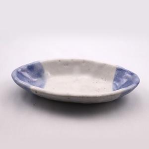青志野 楕円皿 小  Blue Shino Elliptical Dish SMALL
