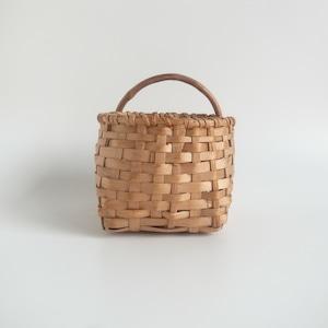Small juniper basket
