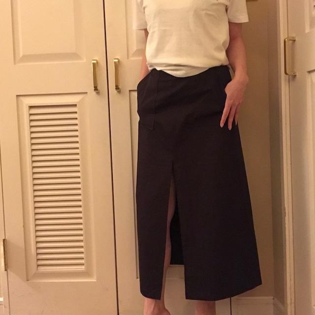 前スリットスカート