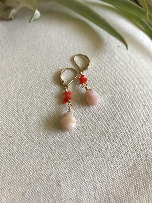 赤珊瑚とピンクオパールのピアス